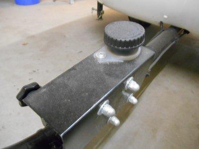 Protective cap for brake pomp.