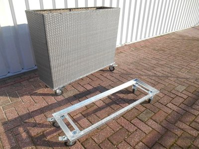 Flower box frame mobile with wheels